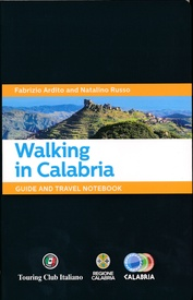 Wandelgids Walking in Calabria - Calabrie | Touring Club Italiano