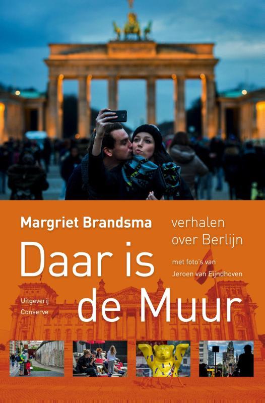 Reisverhaal Daar is de muur - Verhalen over Berlijn | Margriet Brandsma <br/>€ 12.50 <br/> <a href='https://www.dezwerver.nl/reisgidsen/?tt=1554_252853_241358_&r=https%3A%2F%2Fwww.dezwerver.nl%2Fr%2Feuropa%2Fduitsland%2Fberlijn%2Fc%2Fboeken%2Freisverhalen%2F9789054292197%2Freisverhaal-daar-is-de-muur-verhalen-over-berlijn-margriet-brandsma%2F' target='_blank'>Meer Info</a>